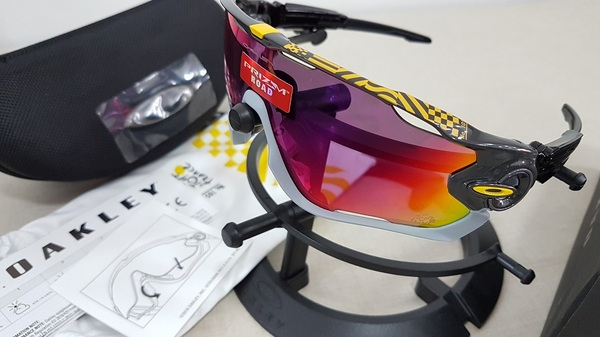 Oakley Jawbreaker Carbon Prizm Road Tour De France